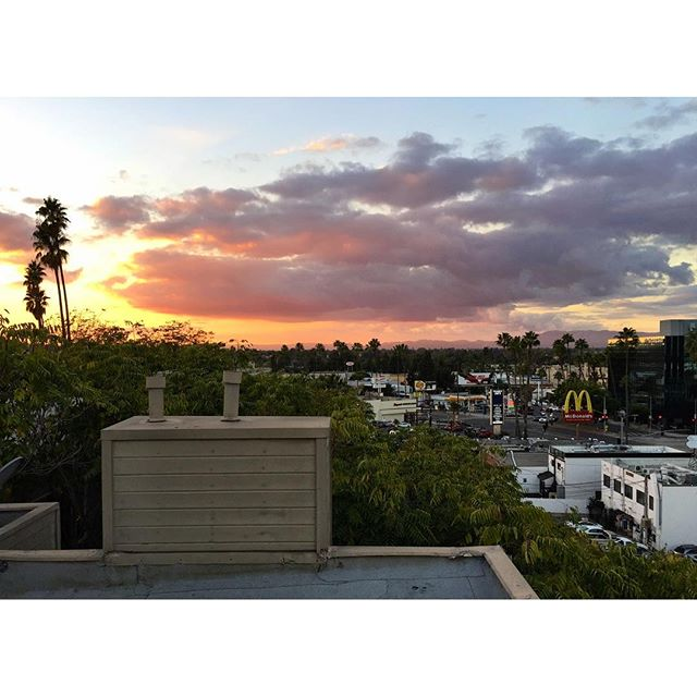 not a bad #sunset today from the new spot in #studiocity - from Instagram